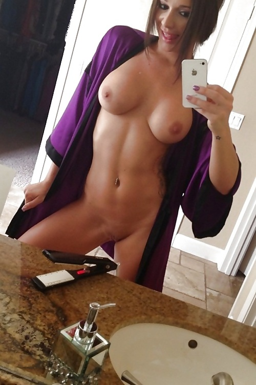 Naked girls selfies (6)