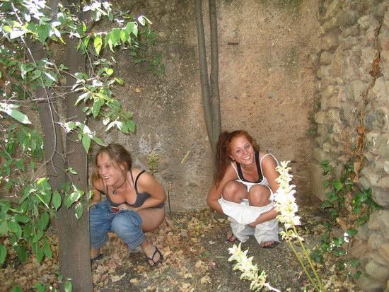 chicas_meando_04