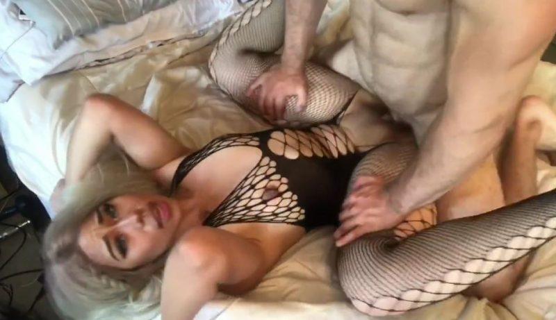 sexo duro con rubia asiatica