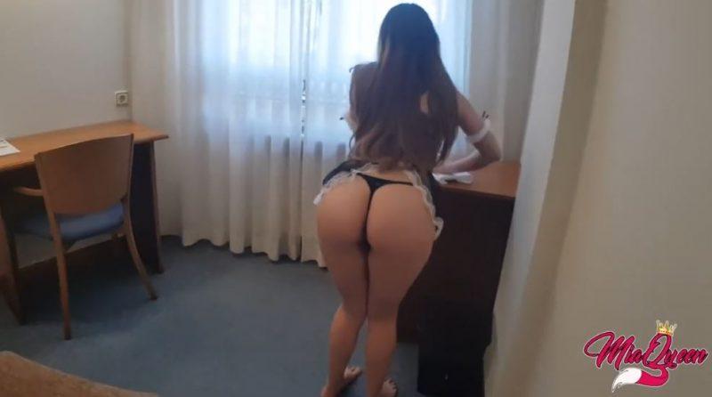 Joven sexy puta del hotel erotico